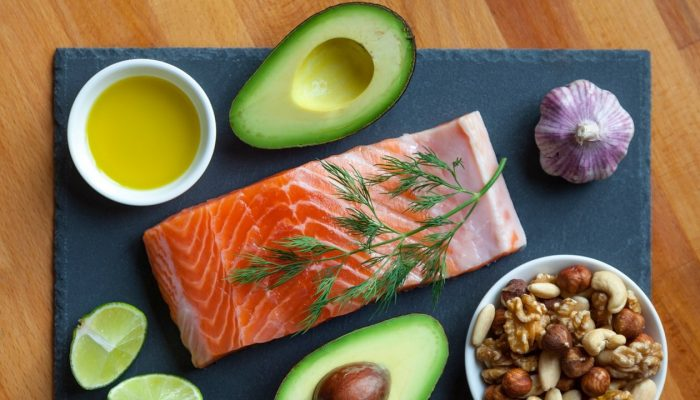 Avocado_Salmon_Oil_Nuts_Healthy_Fats_08062017