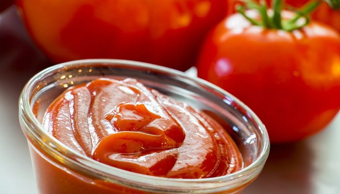 Slow-Cooker-Awesome-Homemade-Ketchup-1