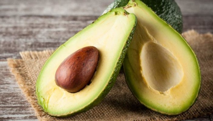 heres-why-you-need-to-stop-throwing-out-avocado-seeds-1000x675