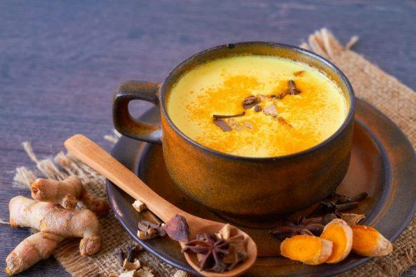 ricetta-golden-milk-latte-oro-curcuma-1
