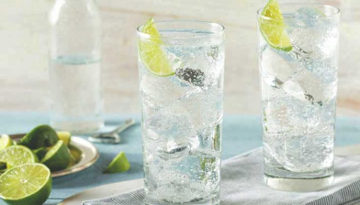 two-glasses-sparkling-water-thumb