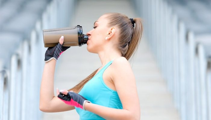 woman-drinking-protein-shake